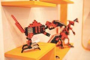 10hotrobot020